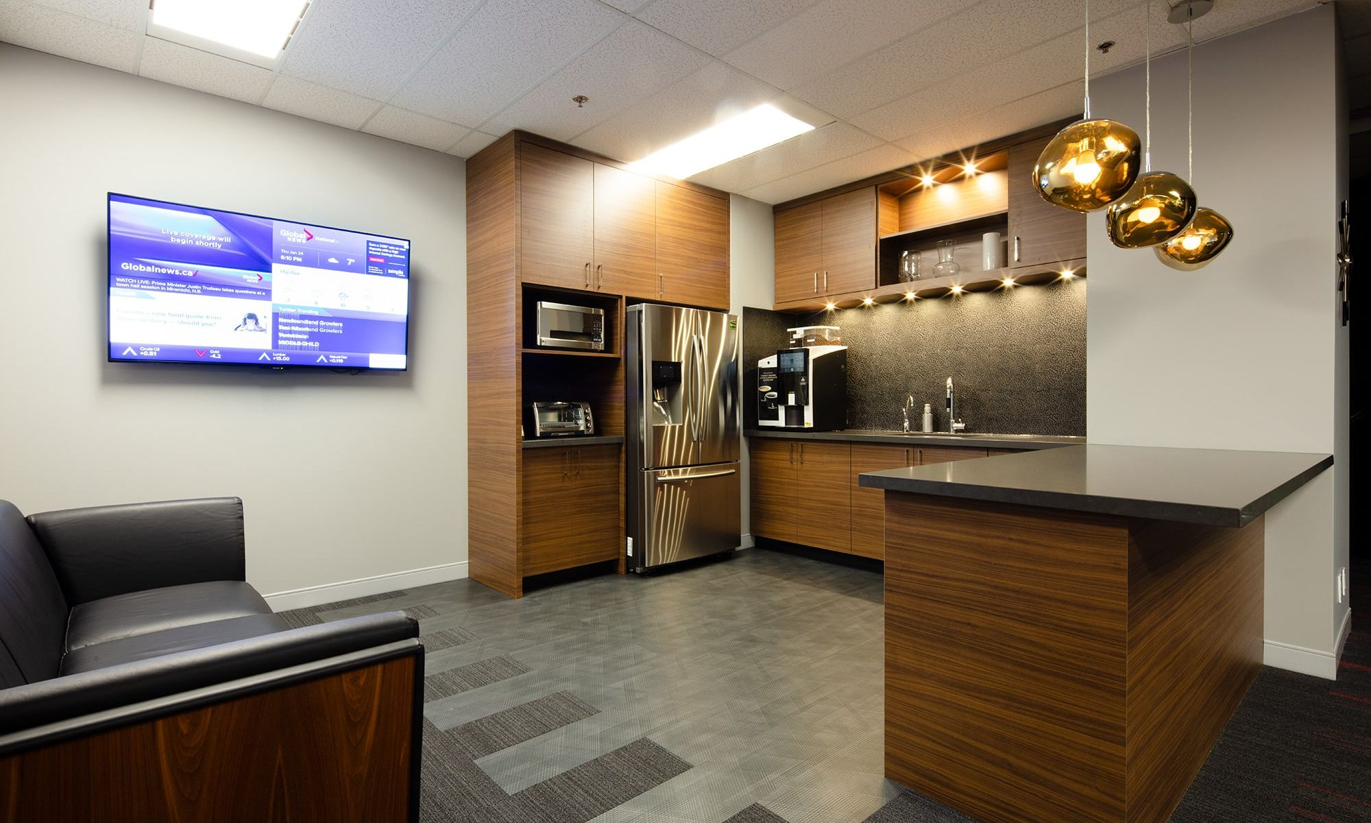 G.L. Smith Office Suite 800 Toronto