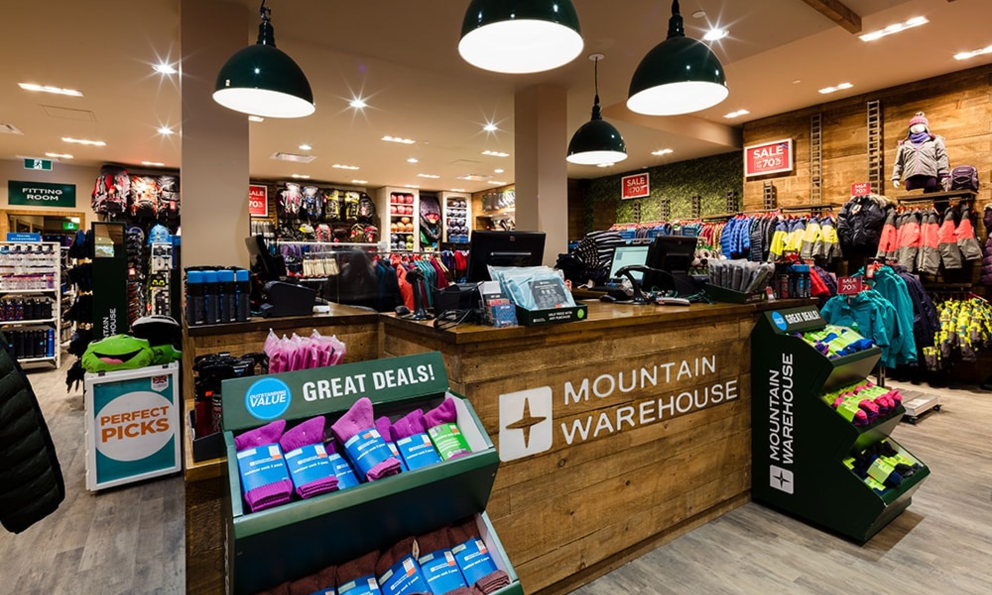 Mountain Warehouse4